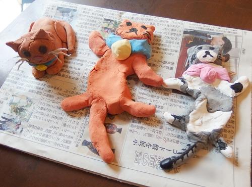 紙粘土の猫