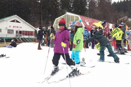 家族でスキー旅行